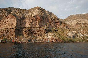 The Lower Pumice deposits (200 and 180 ka) on the Akrotiri peninsula near Balos (Photo: Tom Pfeiffer)