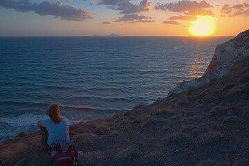 Sunset watching (Photo: Tom Pfeiffer)