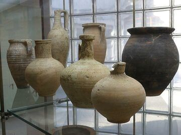 In the afternoon we visit the small museum Antiquarium di Boscoreale where numerous finds from the excavations of Pompeii give a unique insight into every day Roman life prior to the Vesuvius eruption. (Photo: Ingrid Smet)