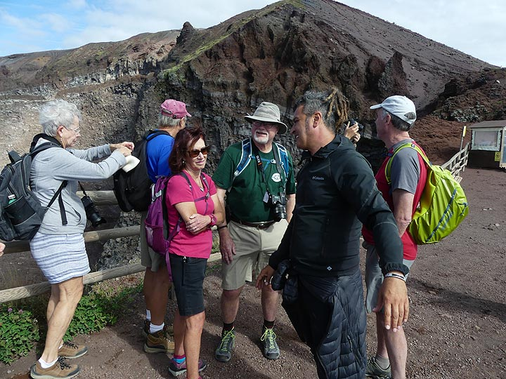 Discussing Vesuvius' more recent eruptive history and the evolution of the present day summit crater (Photo: Ingrid Smet)