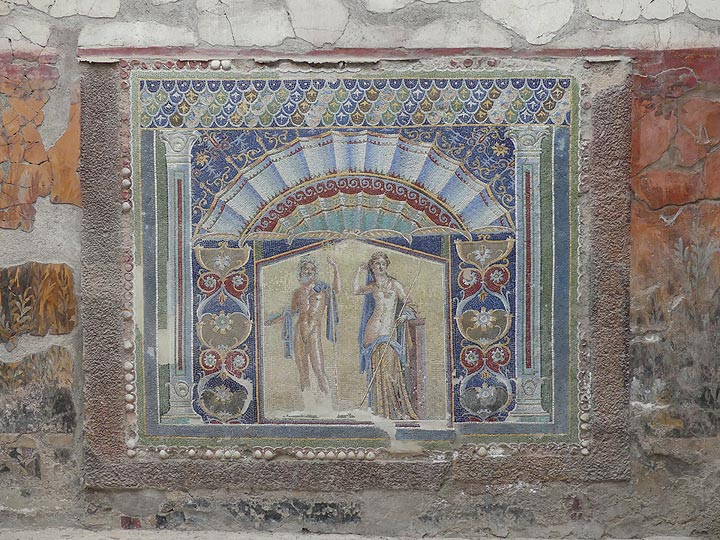 A stunning and colourful mosaic forms the centre piece of the atrium of a wealthy Roman citizen or businessman (Photo: Ingrid Smet)