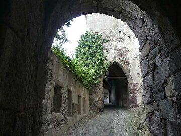 Entrance to the medieval castle of Lipari, built atop the ruins of both Roman and ancient Greek fortifications. (Photo: Ingrid Smet)