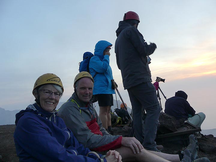 By sunset we have reached the summit and found our positions on the rim above the crater terrace... (Photo: Ingrid Smet)
