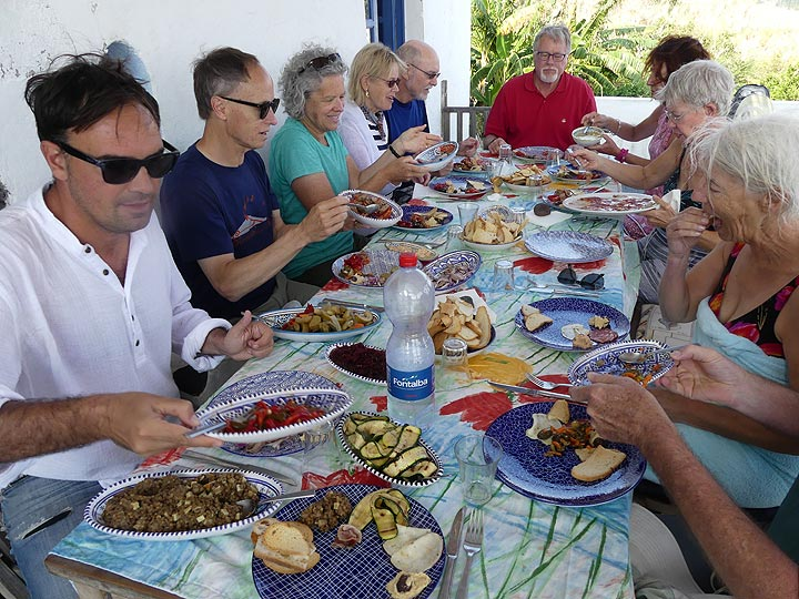 ... and treats us to a delicious home cooked lunch! A perfect end to our time on the active volcano of Stromboli. (Photo: Ingrid Smet)