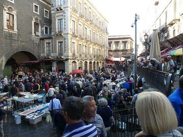 We spend our last morning in Catania exploring the historic center near the hotel! (Photo: Ingrid Smet)