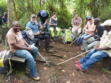 Day 3 - First short resting stop on the trek to the volcano´s summit (Photo: Ingrid Smet)