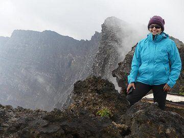 Day 4 - Standing on the rim of Nyiragongo´s summit caldera! (Photo: Ingrid Smet)