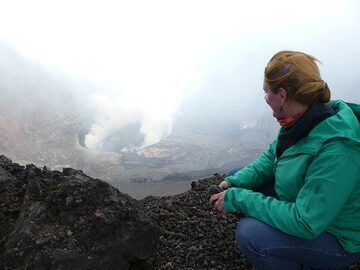 Day 4 - Observing the lava lake during the daytime  (Photo: Ingrid Smet)