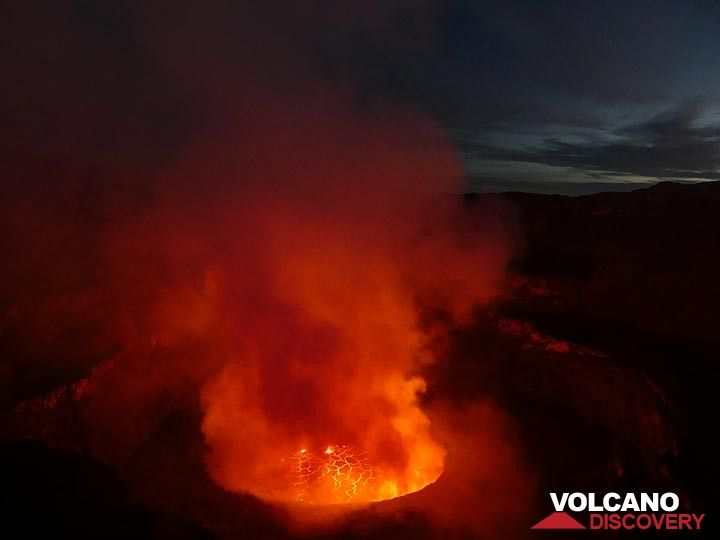 Day 5 - Nyiragongo´s lava lake at dawn (Photo: Ingrid Smet)