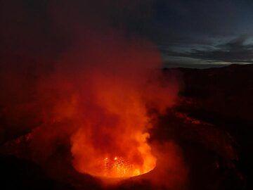 Day 5 - Nyiragongo´s lava lake at dawn (Photo: Ingrid Smet)