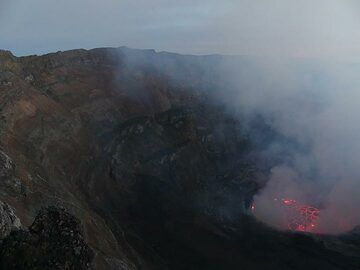 Day 5 - View of the western caldera walls and active lava lake before sunrise (Photo: Ingrid Smet)