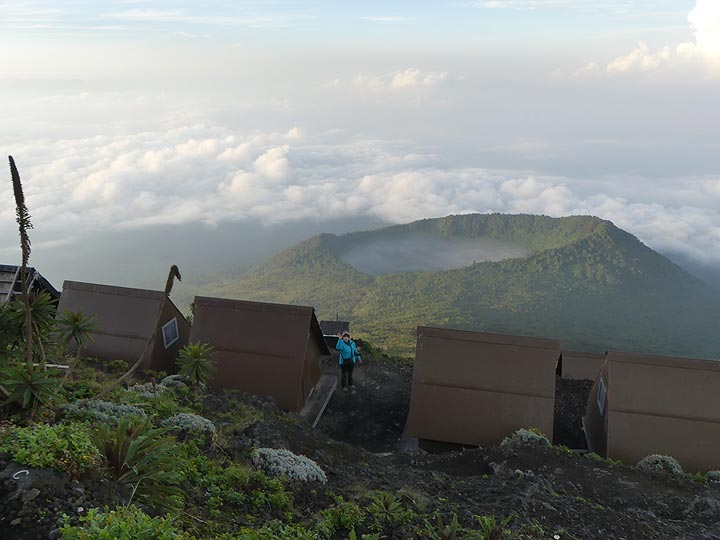 Day 5 - View from the caldera rim across the camping huts to Shaheru crater (Photo: Ingrid Smet)