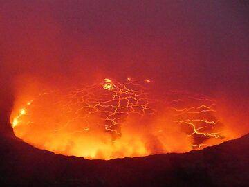 Day 5 - Nyiragongo´s lava lake after sunset (Photo: Ingrid Smet)