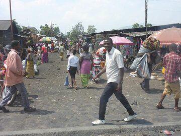 Day 6 - Street market in Goma town (Photo: Ingrid Smet)