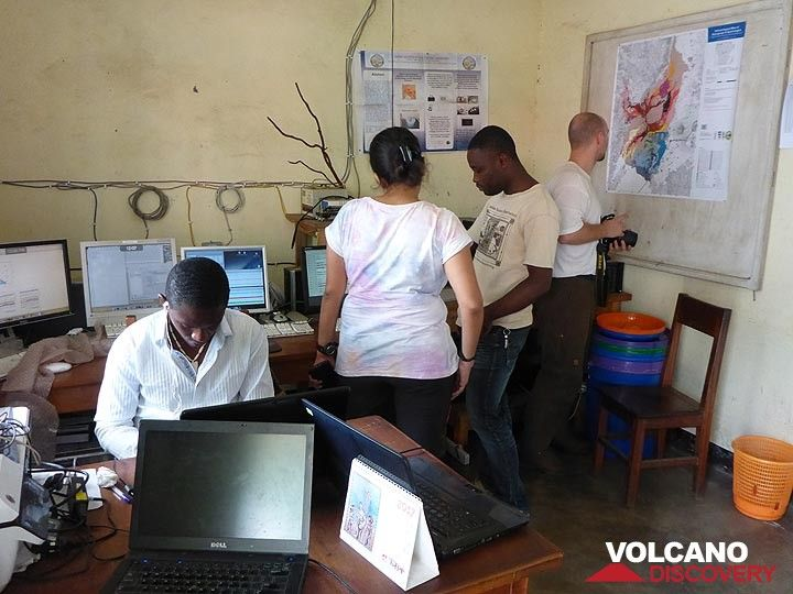Day 6 - Studying the geological map of Nyiragongo and the volcano´s seismic signal at the Goma Volcano Observatory  (Photo: Ingrid Smet)