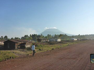 Day 7 - On a clear day, Nyiragongo´s truncated summit also dominates the surrounding landscape (Photo: Ingrid Smet)