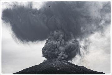 Spreading ash plume (Photo: Ivana Dorn)
