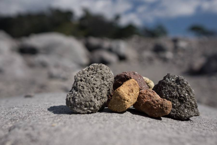 Stones from pyroclastic flow of Colima volcano, Mexico, Feb 2017 (Photo: Ivana Dorn)
