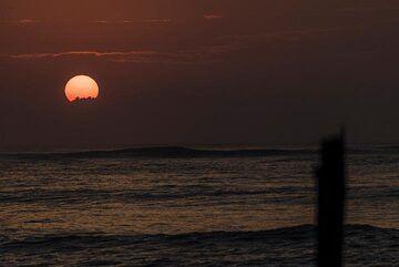 Sunset on Krakatau islands (Photo: Ivana Dorn)