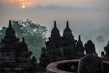 Borobudur, a peaceful sunrise (Photo: Ivana Dorn)