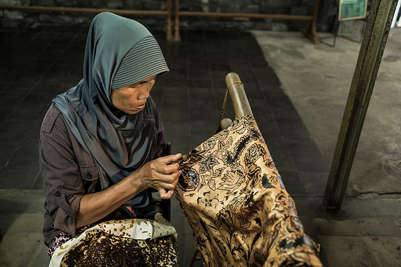 Batic art Yogyakarta (Photo: Ivana Dorn)