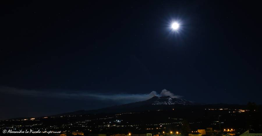 "ETNA by night, with double plume and amazing penumbras by moonlight  ETNA ""by night"", con doppio pennacchio e sorprendenti penombre al chiaro di Luna...  Dec. 11th 2016 - about h. 01:30 CET  Canon EOS 6D + Tamron SP 24-70 f/2.8 VC USD  photo © Alessandro Lo Piccolo all rights reserved - tutti i diritti riservati (Photo: AlexLoPiccolo)"