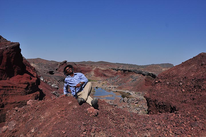 Tour guide Enku at the site of a sudden fissure eruption that occurred some 10 years ago (Photo: Anastasia)