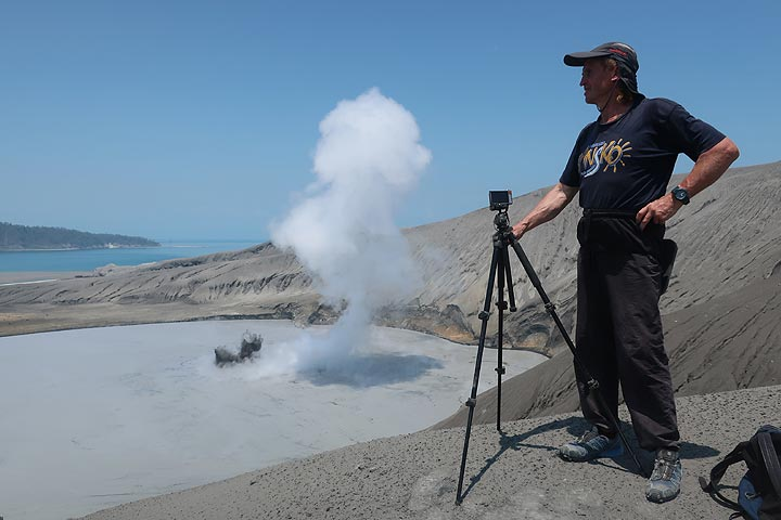 Selfie of Andrej on the crater rim of Anak Krakatau (Photo: AndreyNikiforov)