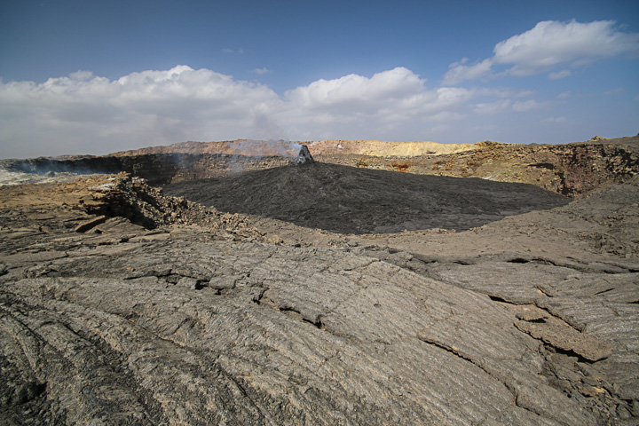 The northern crater of Erta Ale (Photo: Dietmar)