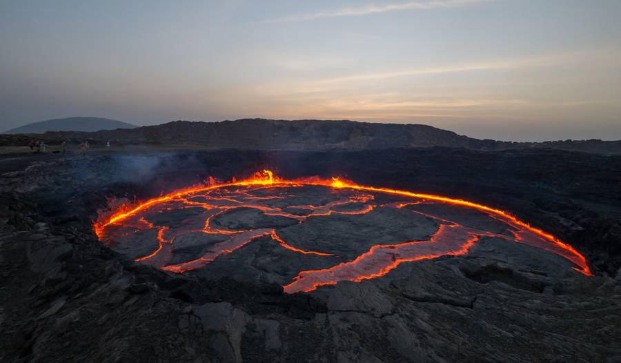 The active lava lake of Erta Ale volcano, Danakil depression (Ethiopia) in Dec 2013 (Photo: Dominik Voegtli)