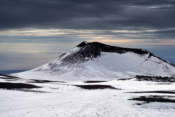 Etna - Crater of 2001 eruption (Monte Escrivá or Cratere di Piano del Lago) (Photo: Giuseppe Graziano Barone)