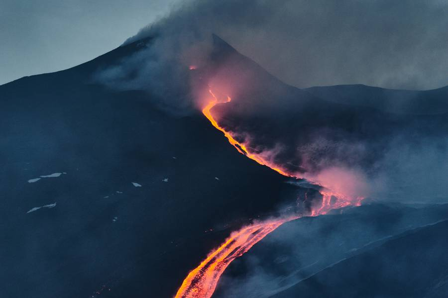 Etna, 15 May 2015 - New SouthEast Crater, lava flow on northeast side of the NSEC _DSC038021.jpg (Photo: Giuseppe Graziano Barone)
