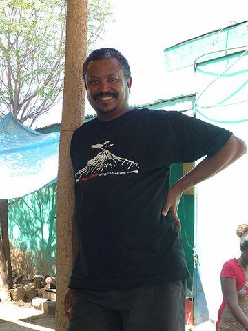 DAY 2: From Awash NP to Logia - our excellent Ethiopian tour guide and geologist Enku! (Photo: Ingrid)