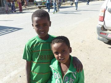 DAY 8:From Erta Ale to Amadelah - two brothers who wanted to have their picture taken in a Afar/Tigray town (Photo: Ingrid)