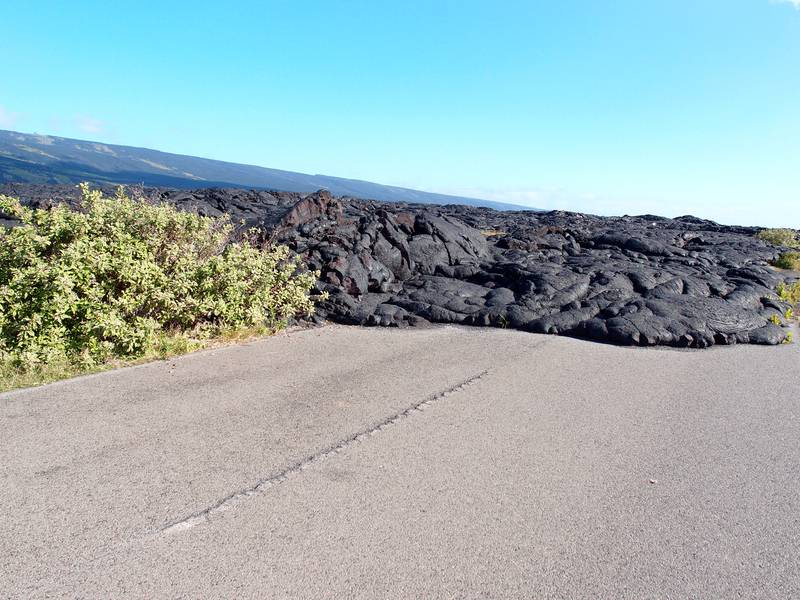 """The """"Chain of Craters Road"""" covered by lava flows emitted by Kilauea volcano, Big Island, Hawaii (Photo: Janka)"""