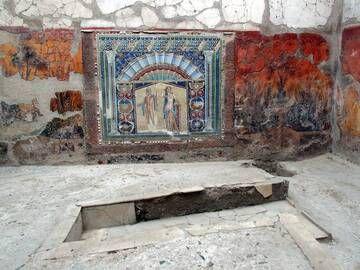 Mosaic depicting Poseidon and Amphitrite, excavations of Herculaneum, Italy (Photo: Janka)