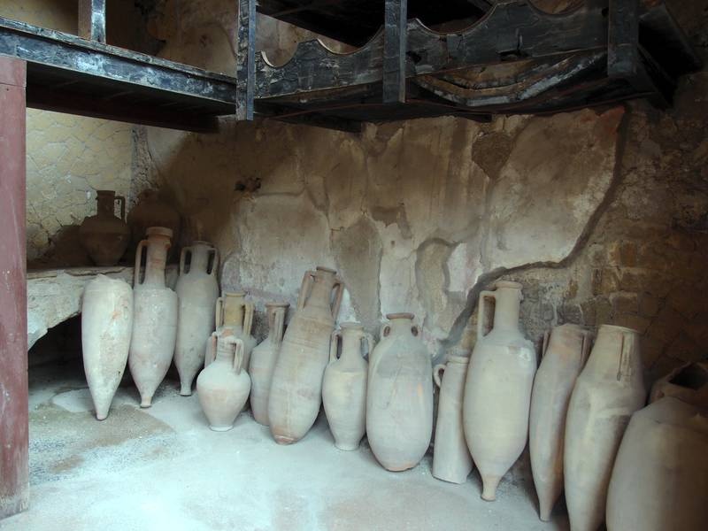 Roman amphorae, perfectly preserved in the archeological site of Herculaneum, Italy (Photo: Janka)