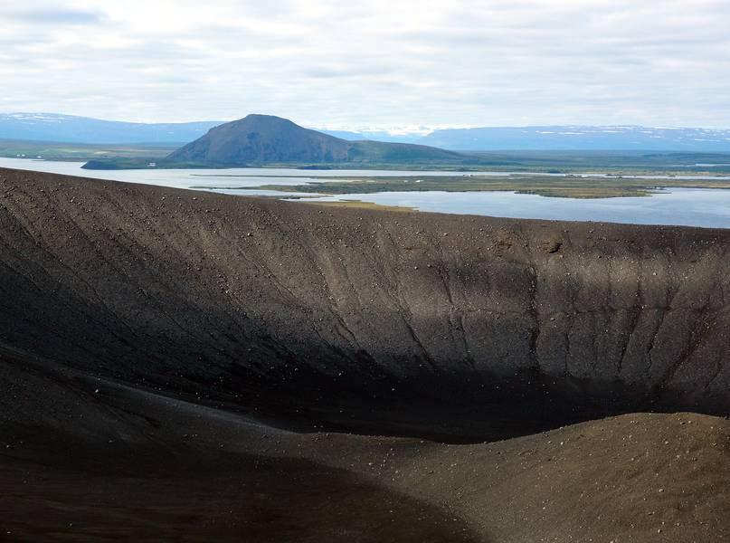 View on the lunar landscape of Hverfell volcano near lake Mývatn, Iceland (Photo: Janka)