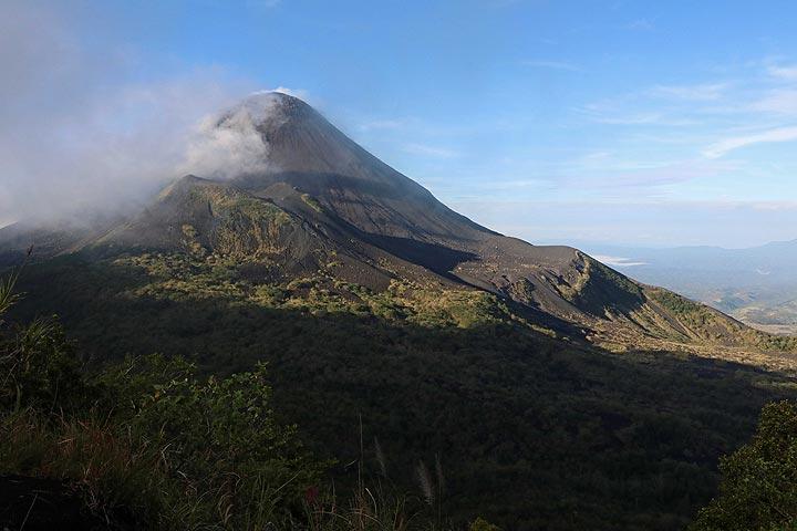 Gunung Soputan From Campsite, North Sulawesi, Indonesia (Photo: Jay Ramji)