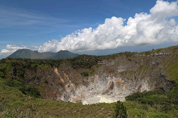 Crater Of Gunung Mahawu, Tomohon, North Sulawesi, Indonesia (Photo: Jay Ramji)