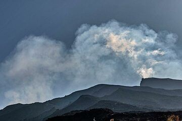 View of the summit region of Stromboli with lots of volcanic gas emission from the active craters. (Photo: Markus Heuer)