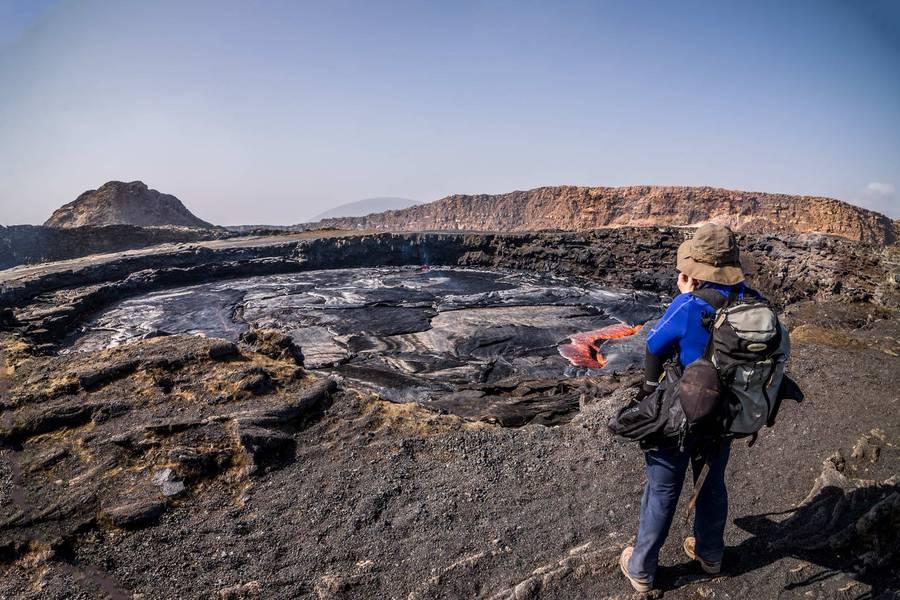 Erta Ale lava lake by day (Feb.2015) (Photo: Martin Hertel)