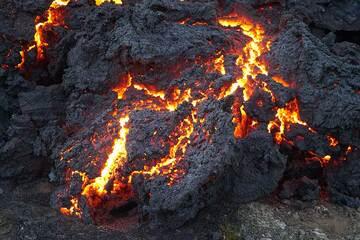 Spiny active pahoehoe lava toe (Photo: Ronny Quireyns)