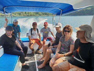 Our group on the way to Krakatau (Photo: Ronny Quireyns)