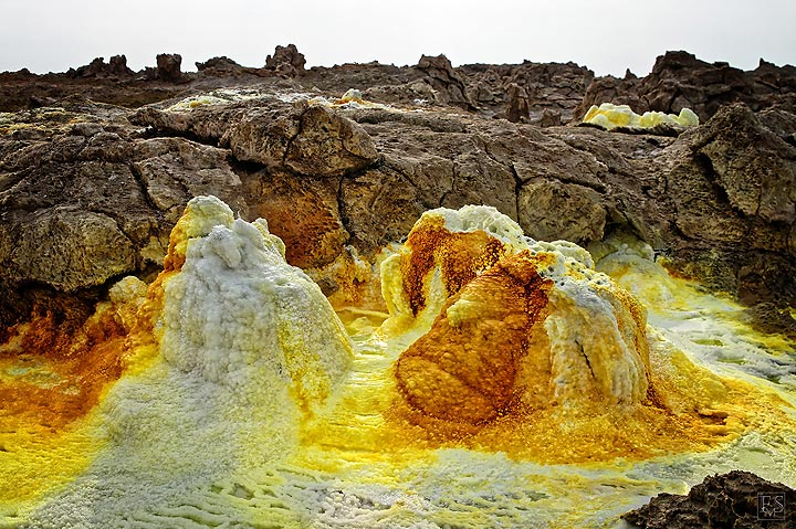 Hot springs at Dallol (c)