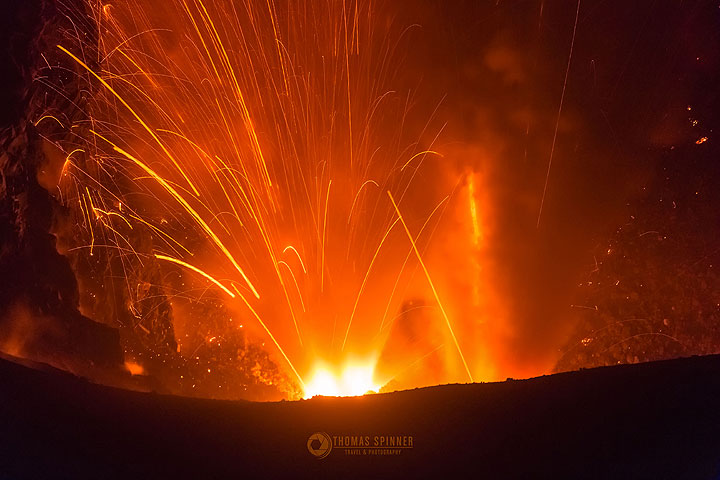 Dukono eruption with two vents (Photo: Thomas Spinner)