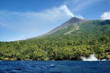 Karangetang volcano seen from the northern coast. (Photo: Thomas Spinner)