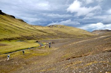 Trekking in the remote Icelandic highlands (Photo: Thierry Basset)