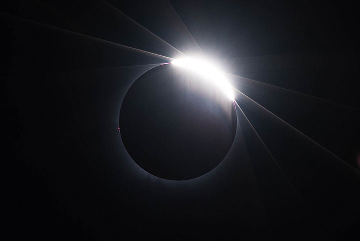 Diamond ring at third contact. (Photo: Tilmann)