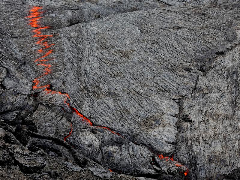ECG of Gaia - beautiful pattern on the surface - Erta Ale lava lake 2013 (Photo: Tom222)